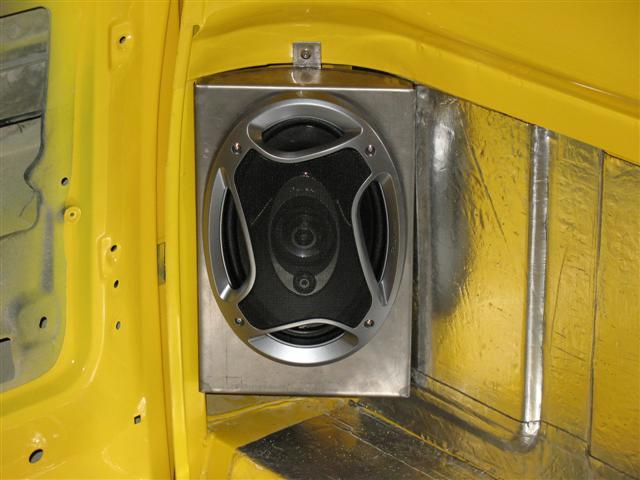 73 87 Cab Corner 6x9 Speaker Brackets